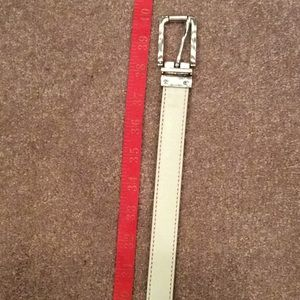 Nine West reversible belt, cream on one side, m